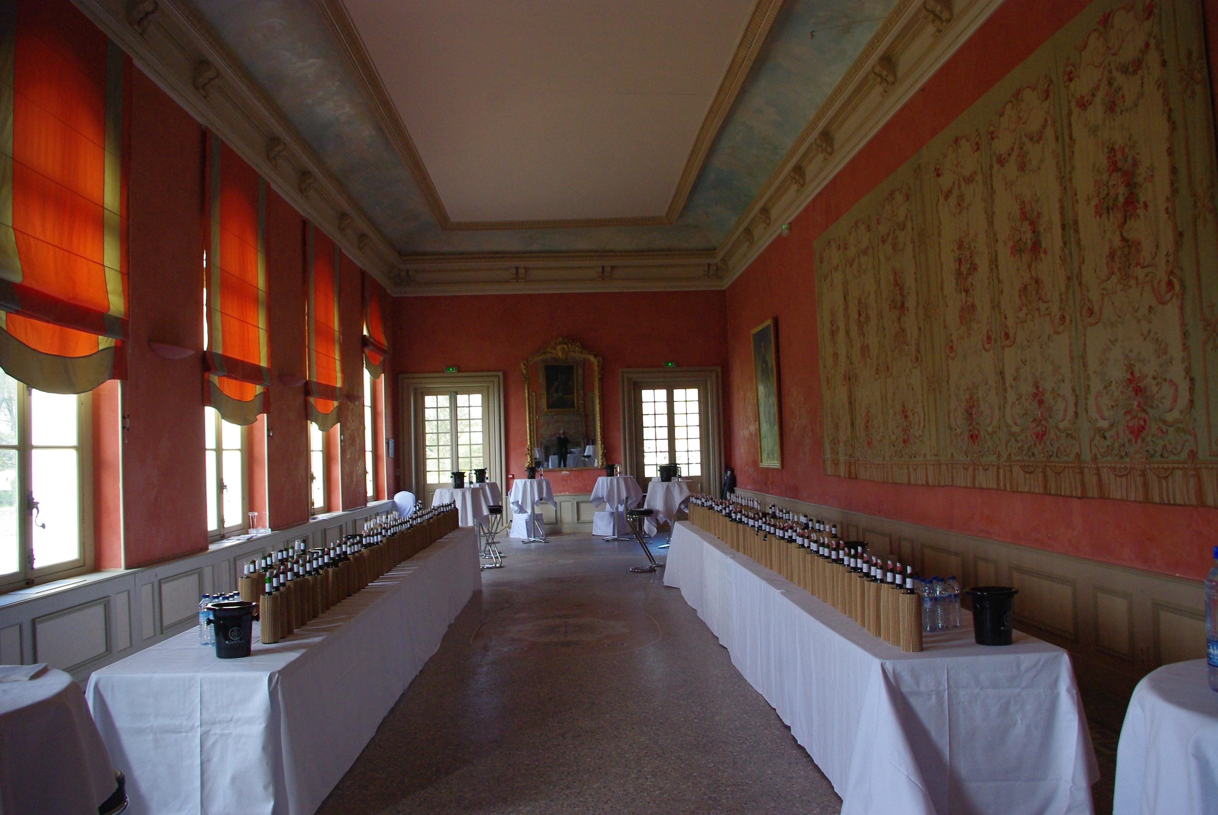 salle de dégustation au château de Pennautier